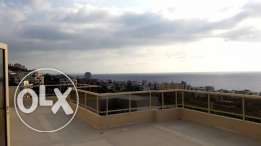 350 m2 duplex apartment for sale in Bouar (panoramic sea and mountain