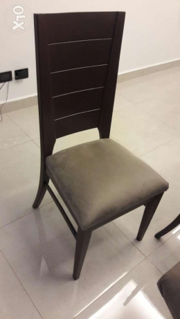 A never used dining table with 8 chairs in good price راس  بيروت -  4