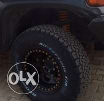 FJ cruiser rims bead-lock