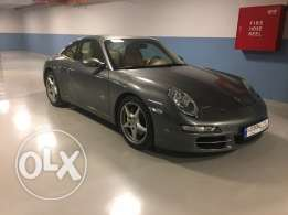 Immaculate 911 Carrera S under warranty