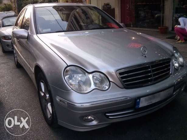 C230 mod 2005 very clean 91,000 km only