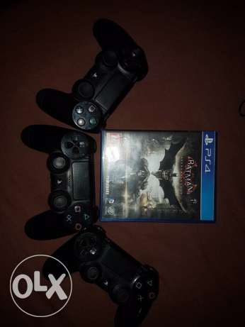 ps4 joystick for sale and cd batman