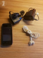 Nokia xpress music 5530 (touch)+Original Earpodes and 2 chargers