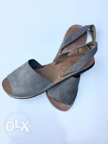 Pre-Owned leather Sandals مار نقولا -  3