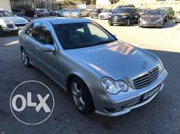 C230 For Sale 2006 in very good condtion