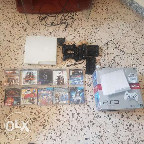PS3 white slim 320 GB with full accessories