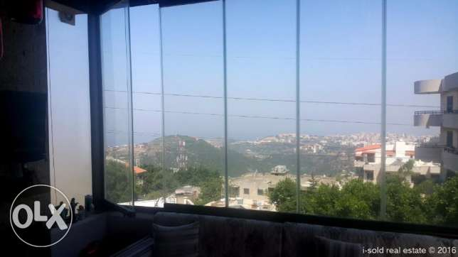 160 m2 decorated apartment for sale in Mazraat Yachouh (sea view)