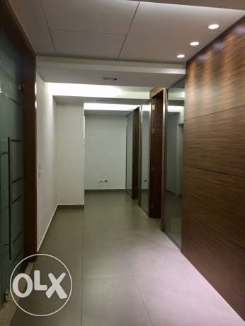 For Rent: A 100sqm Elegant Office with 1 parking in Downtown Beirut