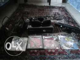 Xbox 360 with kinect 2 conteollers 4 games