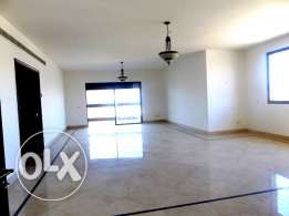 AP1565: 3 Bedroom Apartment for Rent in Ramlet al-Baydah, Beirut