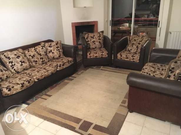 Furniture couches and 2 carpets