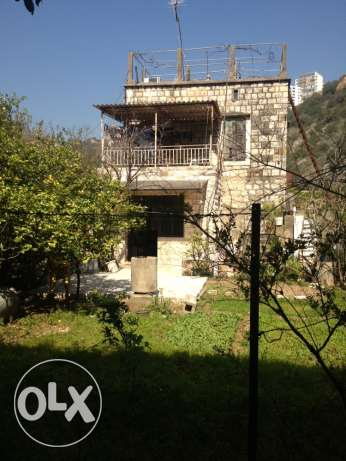a 140 years house for sale at naher el kalb ذوق مصبح -  5