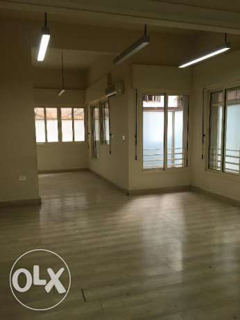 office for rent in achrafieh tfouni