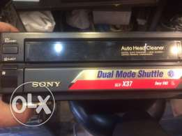 Sony VHS video player and recorder SLV-X37 multi systrm