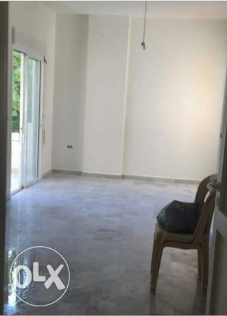 For sale an apartment in Mansourieh