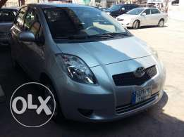 toyota yaris 2007 silver, full option,