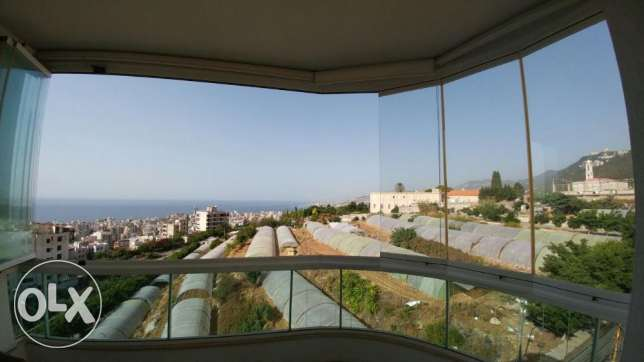 Zouk mikael 220m2- super luxurious-panoramic sea view-partly furnished كسروان -  1
