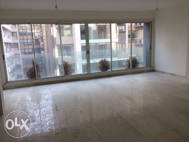 Apartments for sale راس  بيروت -  2