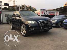 Audi Q5 S Line 2009 Blue Black Top of the Line in Excellent Condition!