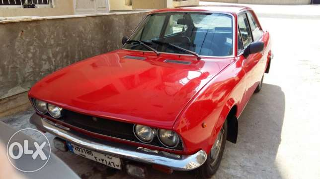 fiat 124 sport collection car.