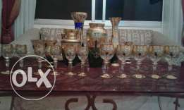 Hand painting pure gold glasses and vases