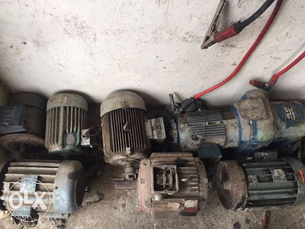 electric motors( 5tain w 3 5toot)