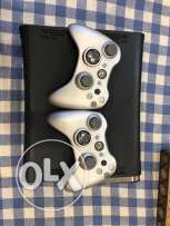 Xbox 360 for sale (With 40 Games and 2 Limited edition Controlers)