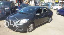 Toyota yaris 2009 sedan 1.5 perfect condition