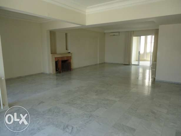AP1553: 3 Bedroom Apartment for Rent in Clemenceau, Beirut