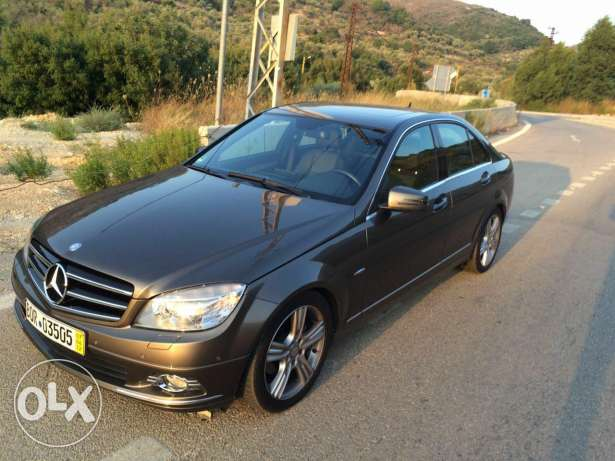 Mercedes c250 model 2010 as new 80000 km fully loaded