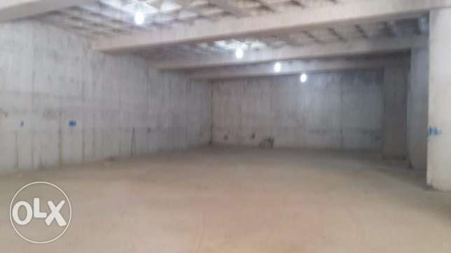 warehouse with truck entrance in a prime location