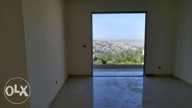 For sale a new apartment in Ballouneh