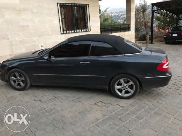 Clk 320 convertible 2004 in a v good condition بلونة -  1