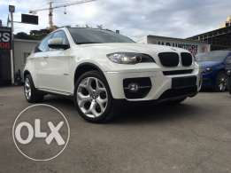 BMW X6 White 2011 Top of the Line in Excellent Condition!