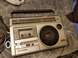 Vintage radio cassette sanyo made in Japan