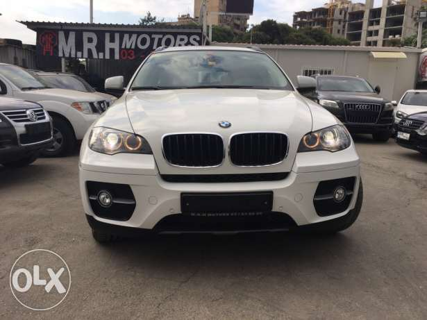 BMW X6 White 2011 Top of the Line in Excellent Condition! بوشرية -  2