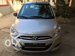 Hyundai i10 model 2013 vitess manual ac and very clean car