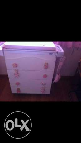 Baby drawer with built in bath tube