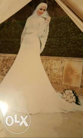 Wedding dress. Excellent condition.