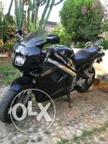 Honda VFR 750cc registered 1994 in excellent condition, 25000 km.
