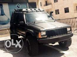 Cherokee Vitesse Moter Aswad Mjahhaz lal Offroad Sale or Trade