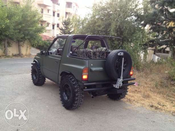 modified for off-road,Ac ,sound system pioneer ,led,high lift, snorkel