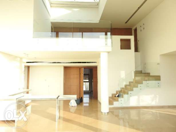 (RS16323) Exclusive Luxury Flat For Sale