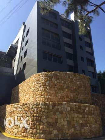 New Offices and Show Room for Sale in Bsalim