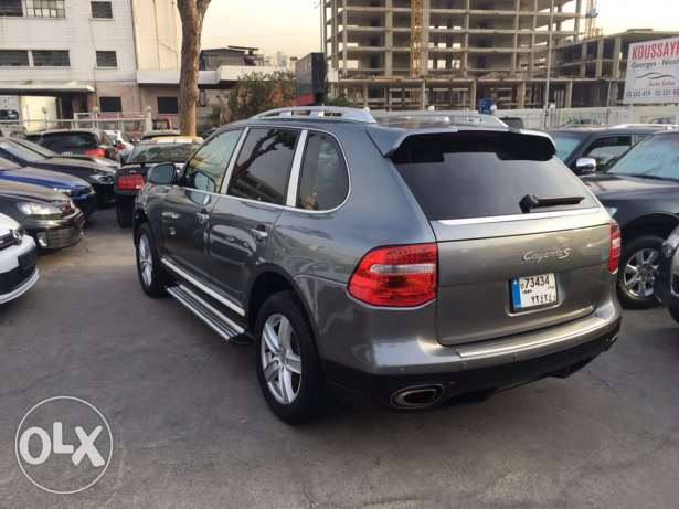 Porsche Cayenne S 2004 Gray with Upgraded Face Lift in Good Condition! بوشرية -  4