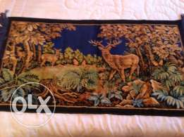 carpet silk deer design good condition