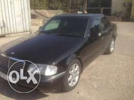 Mercedes c class 4 cylindre