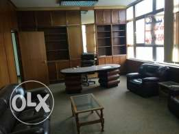 Office for rent in chtoura.