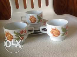 3 vintage coffee cups and plates
