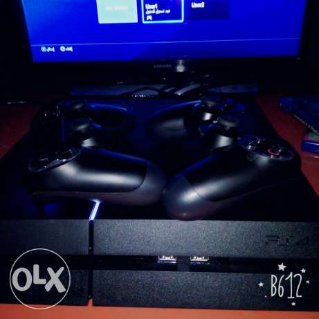 Ps4 1TB barely used - 3 days onlyyyy الشياح -  1